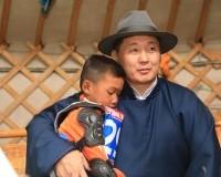 Монгол Улсын Ерөнхий сайд У.Хүрэлсүх түрүү соёолонгийн галаар зочиллоо
