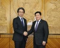 Зам, тээврийн хөгжлийн сайд Б.Энх-Амгалан Япон Улсын Элчин сайд ноён Кобаяаши Хироюкиг хүлээн авч уулзлаа