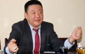 Монгол хүн л юм бол эх орондоо үлдээх долларын төлөө тэмцэх ёстой
