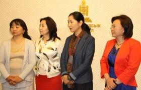 Эмэгтэйчүүдийн квотыг сонгуулийн хуульд хальт тусгаснаар шийдэхгүй