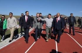 Монголын анхны олон улсын стандартад нийцсэн хөнгөн атлетикийн зам, талбайн нээлт боллоо