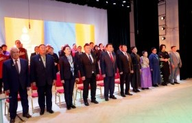 """""""Монгол туургатан"""" театрын шинэ байрны нээлтэд УИХ-ын дарга, гишүүд оролцлоо"""