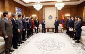 Монгол Улсын Ерөнхий сайдыг огцруулах тухай албан бичиг өргөн барилаа