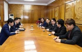Цахим бодлогын түр хорооны дарга Н.Учрал Японы блокчейн технологийн хөгжлийн нийгэмлэгийн төлөөлөгчдийг хүлээн авч уулзлаа