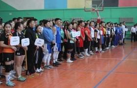 """""""Багшийн алдар""""-2018 спорт наадам зохион байгууллаа"""