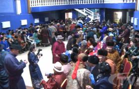 Хан-Уул дүүргээс сонгогдсон гишүүд ахмадуудаа хүндэтгэн золголоо