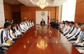 Монгол Улсын Ерөнхийлөгч Х.Баттулга тусгай олимпын зуны наадамд эх орноо төлөөлөн амжилттай оролцсон баг тамирчдыг хүлээн авч уулзав