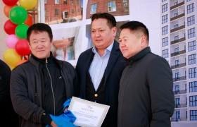 Нийслэлийн дахин төлөвлөлтөөр баригдсан 77 айлын орон сууцны нээлт боллоо