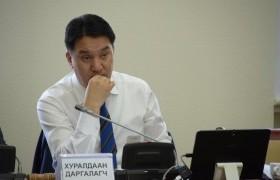 Ж.Ганбаатар: Гүйцэтгэх засаглалын ажил дотроо маш хаалттай явагддаг