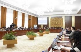 Монгол Улсын Их Хурлын чуулганы хуралдааны дэгийн тухай хуульд нэмэлт, өөрчлөлт оруулах тухай хуулийг хэлэлцэх эсэхийг хэлэлцлээ