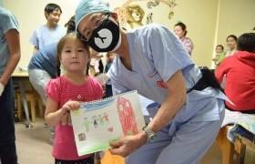 """""""Зүрх хамгаалах төсөл""""-ийнхөн Өвөрхангайд 200 гаруй хүүхэд үзэж, оношилжээ"""