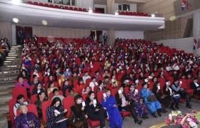 МАН-ын эмэгтэй гишүүд НАМЭХ-ны даргаа сонгохоор чуулганы хуралдаанаас чөлөө авчээ