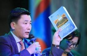 БСШУС-ын сайд Говь-Алтай аймагт хэрэгжүүлж буй хөрөнгө оруулалтын ажлуудын явцтай танилцлаа