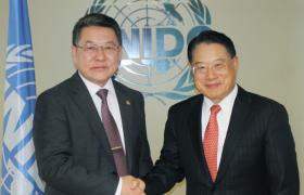 Ч.Улаан сайд  НҮБ-ын аж үйлдвэрийн хөгжлийн байгууллагад ажлын айлчлал хийлээ