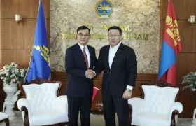 УУХҮ-ийн сайд Д.Сумъяабазар БНХАУ-аас Монгол Улсад суух элчин сайдыг хүлээн авч уулзлаа