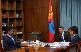 Гурван сая монголчуудын итгэлийг дааж ажиллахыг Ерөнхий сайдад захив