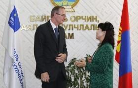 БОАЖ-ын сайд Д.Сарангэрэл ИБУИНХУ-аас Монгол Улсад суугаа элчин сайдыг хүлээн авч уулзлаа