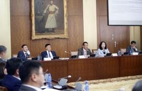 Монгол Улсын Засаг захиргаа, нутаг дэвсгэрийн нэгж, түүний удирдлагын тухай хуулийн шинэчилсэн найруулгын төслийн талаарх хэлэлцүүлэг боллоо