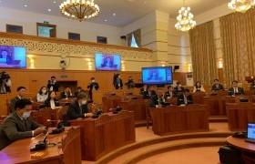 Монгол Улсын 2020 оны төсвийн тухай хуульд өөрчлөлт оруулах тухай хуулийн төслийг хэлэлцэж байна