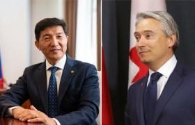 Монгол, Канадын Гадаад хэргийн сайд нар утсаар ярилаа