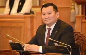 Л.Мөнхбаатар Монгол Улсын Ерөнхий сайдад хандан асуулга тавилаа.