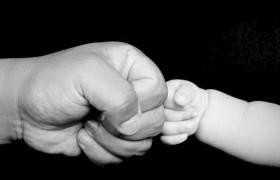 0-3 хүртэлх насны хүүхдээ асарч байгаа эцэг ч сар бүр тэтгэмж авна