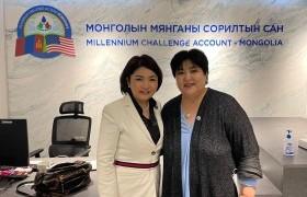 УИХ-ын гишүүн Б.Саранчимэг Монголын Мянганы сорилтын сангийн үйл ажиллагаатай танилцлаа