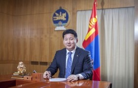 """""""Монгол Улсын Ерөнхийлөгчийн тангараг өргөх ёслолын журам батлах тухай"""" тогтоолыг батлав"""