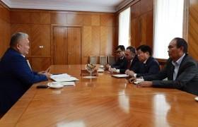 Россотрудничесвто нийгэмлэгийн тэргүүн Амгалан Базархандаевтай уулзлаа