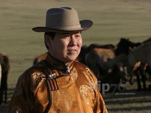 Ч.Улаан: Уяач морь хоёрын энерги, хүсэл зорилго зохицож байж морь хурдалдаг