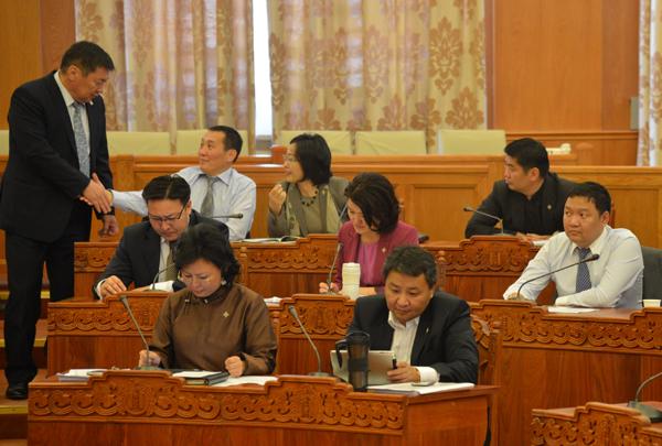 11-р сарын 14-нд  монгол бахархлын өдөр болгохыг дэмжлээ