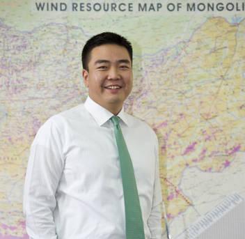 Б.Бямбасайхан: Монгол орон бол эрчим хүчний диваажин