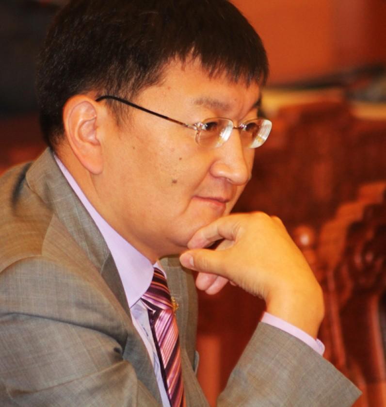 Я.Содбаатар: Парламент тардаг юм бол МАН-ын 26 гишүүн татгалзахад бэлэн