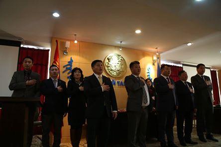 51 хүн Ерөнхийлөгчийн зарилгаар төрийн дээд одон медалиар шагнагдлаа.