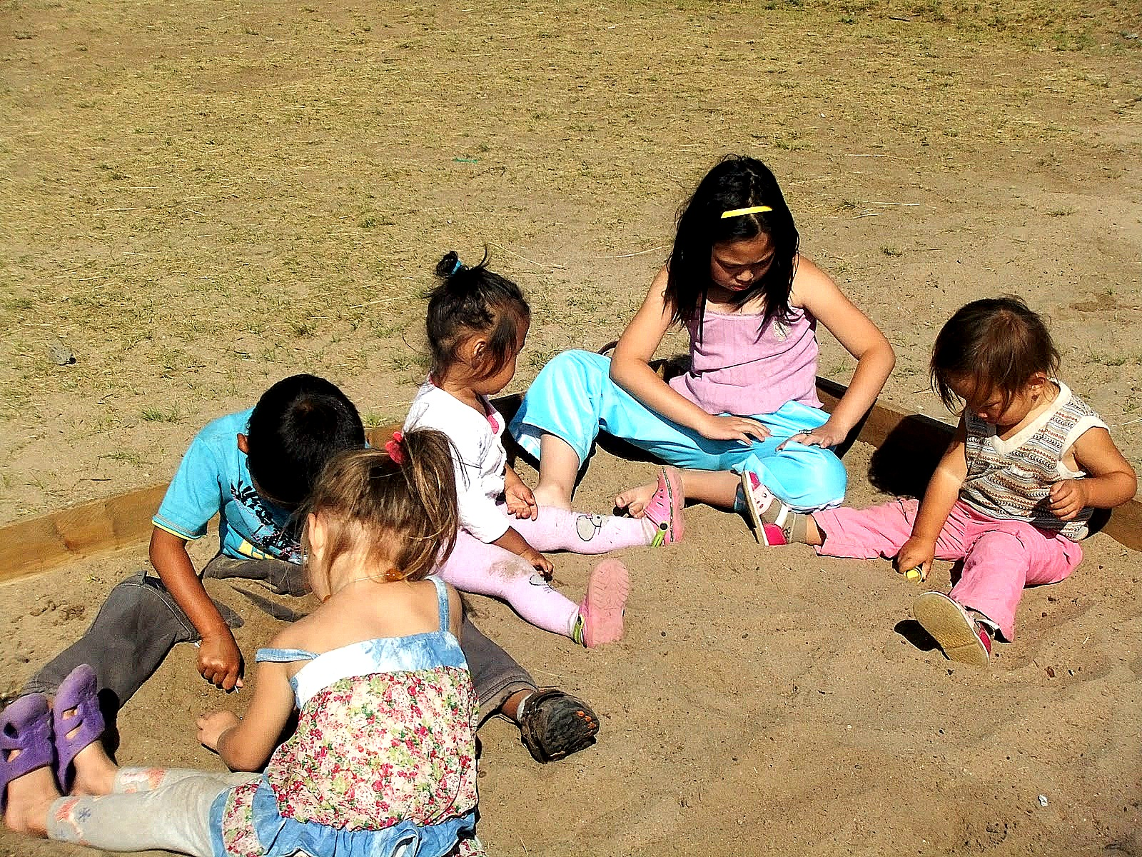 Хот төлөвлөлтөд хүүхдүүдийн санал авдаг орон