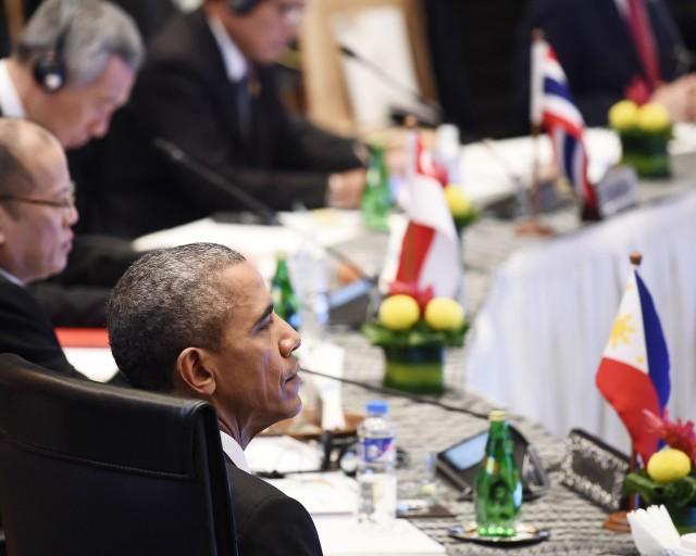 АНУ-АСЕАН уулзалт: БНХАУ-ын тэнгисийн ноёрхолтой тэмцэх нь