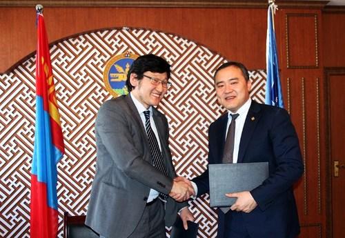 Монголын Медиа Корпораци БСШУЯ-тай хамтран ажиллана