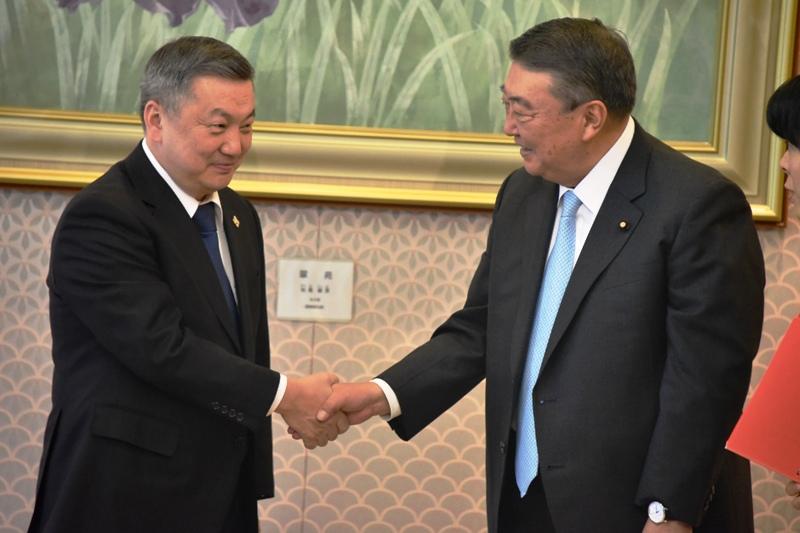 УИХ-ын дарга З.Энхболд Япон Улсын парламентын Төлөөлөгчдийн танхимын дарга Т.Ошиматай уулзалт хийв