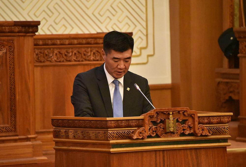 Монголбанкны Ерөнхийлөгчөөр Надмидын Баяртсайханыг томилов