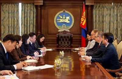 Дэлхийн банкны Монгол Улсыг хариуцсан захирал Бэрт Хофманыг хүлээн авч уулзлаа