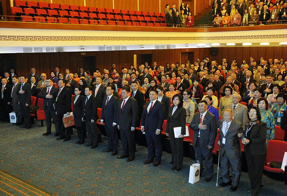 """УИХ-ын дарга М.Энхболд """"Ахмад настны эрх, хөдөлмөр эрхлэлт, нийгмийн хамгааллын баталгаа"""" Үндэсний чуулганд оролцов"""
