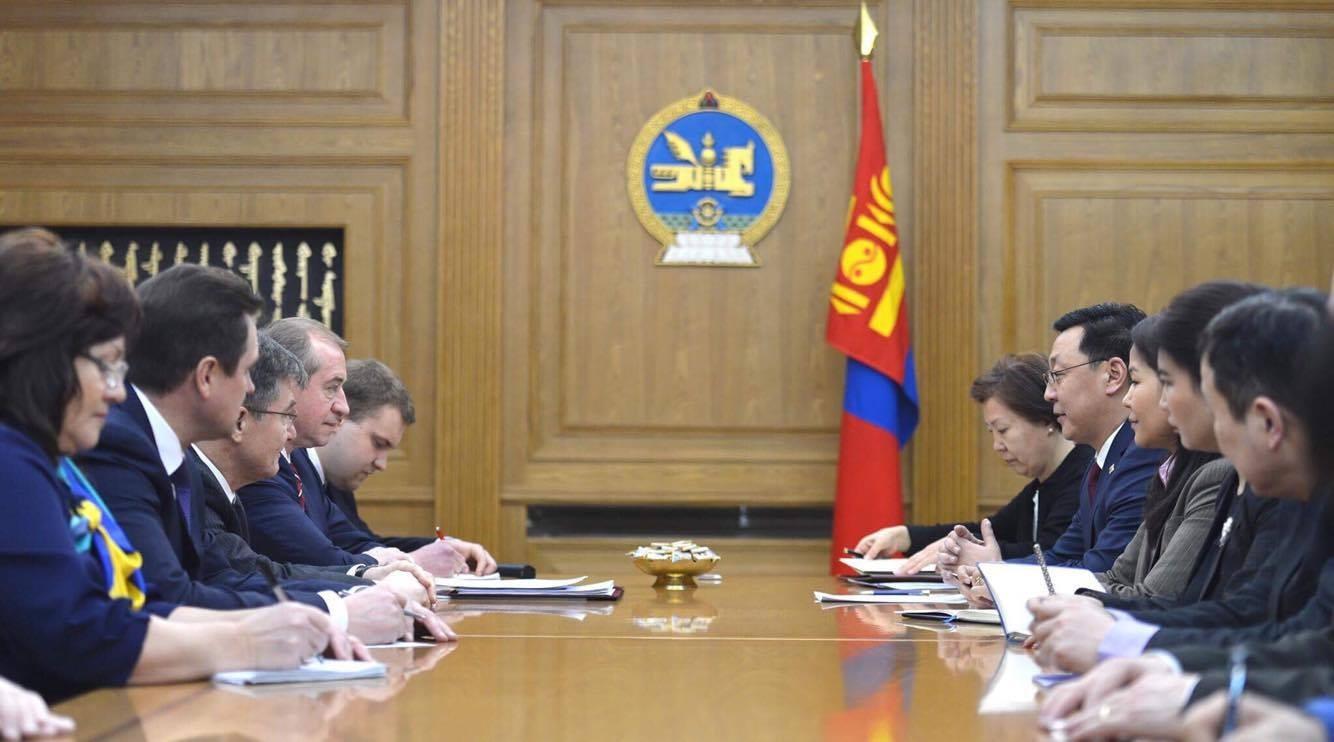 Эрхүү муж хөрөнгө оруулалтын агентлаг байгуулж, монгол оюутны тоог нэмлээ