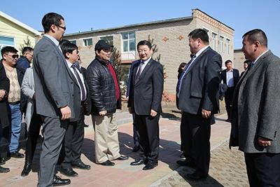БСШУС-ын сайд Ж.Батсуурь Чингэлтэй дүүрэгт ажиллалаа