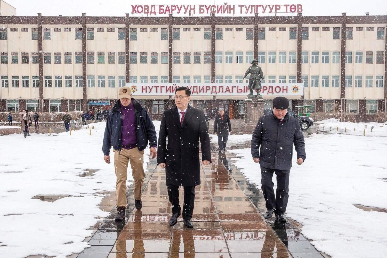 Баянхонгор Говь-Алтай чиглэлийн 260 км автозамыг энэ жилдээ дуусгана