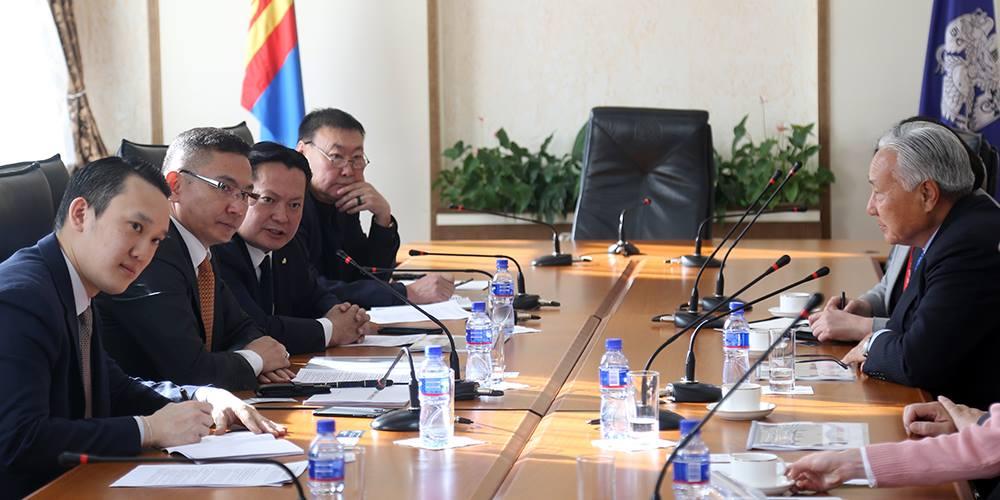 """""""Шайнин Стар"""" группийн ерөнхийлөгч Ким Эй Хог хүлээн авч уулзлаа"""