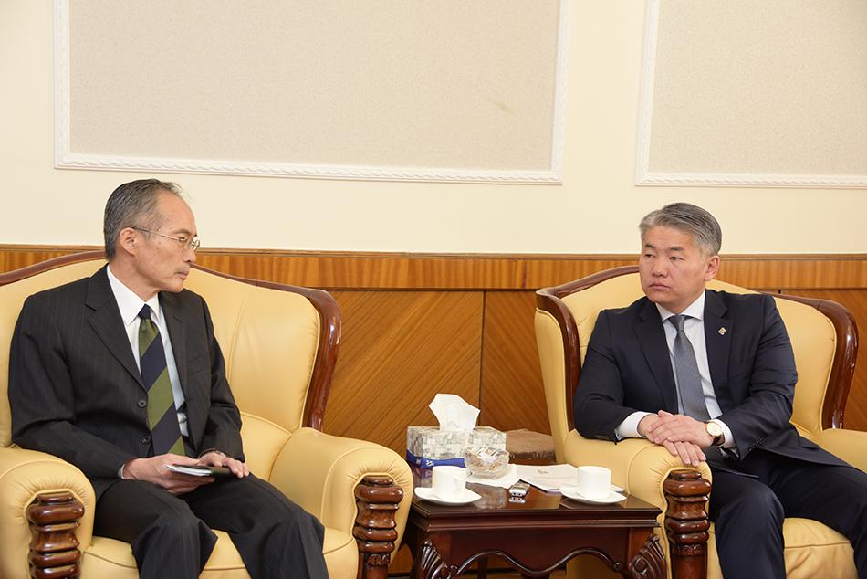 Ж.Энхбаяр: Япон Улсын Батлан хамгаалах их сургуульд суралцах Монгол оюутны тоог нэмэгдүүлэх хүсэлтэй байна