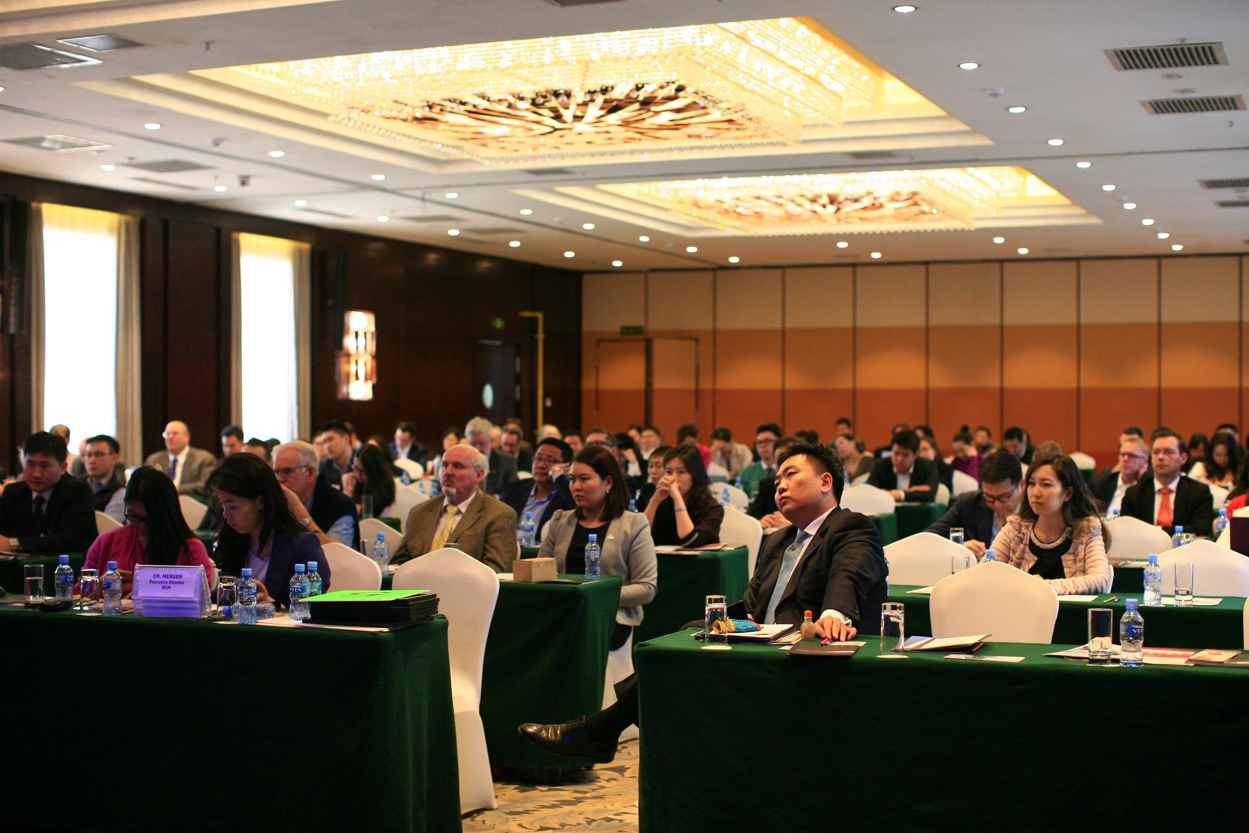 Дөрвөн улсын Элчин сайд Монголын бизнесийн зөвлөлийн гишүүдтэй уулзлаа