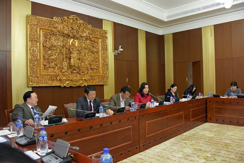 """""""Монгол Улсын дээд боловсролын тулгамдсан асуудал, гарц, шийдэл"""" сэдэвт хэлэлцүүлэг болов"""