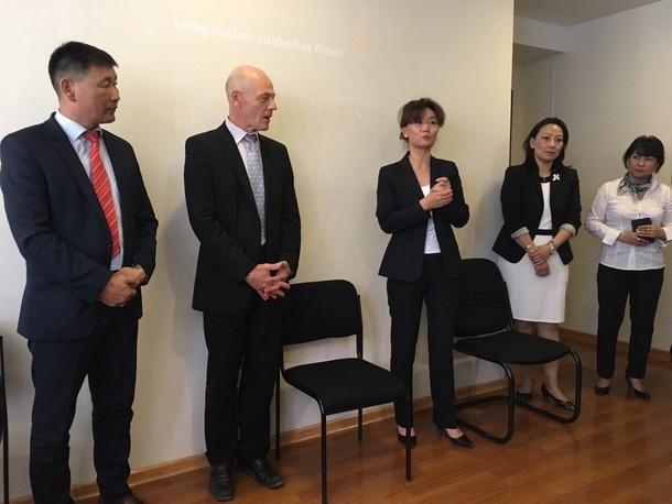 ХБНГУ-аас Монгол улсад суугаа ерөнхий консул ирж уулзлаа