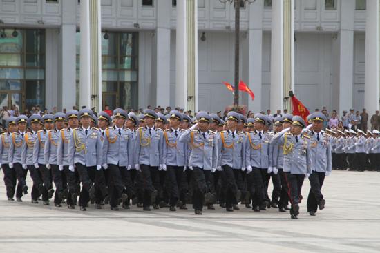 Х.Баттулга: Төрийн цэргийн бодлогыг хэрэгжүүлэхэд тууштай зүтгэхийг уриалж байна